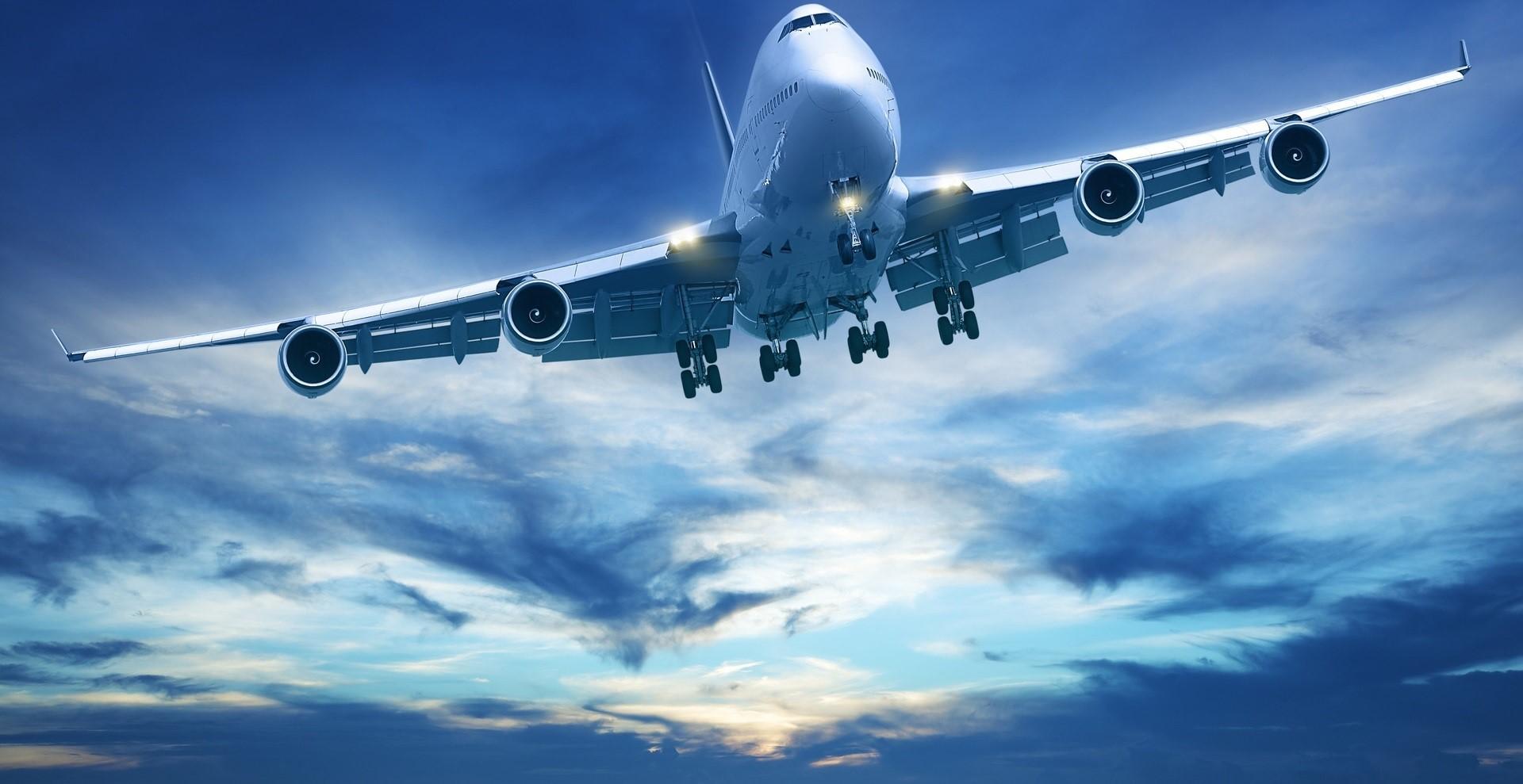 747-Holy-sky